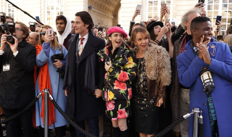 Review] Emily in Paris - Lát cắt màu hồng cuộc sống Paris - Happy Na